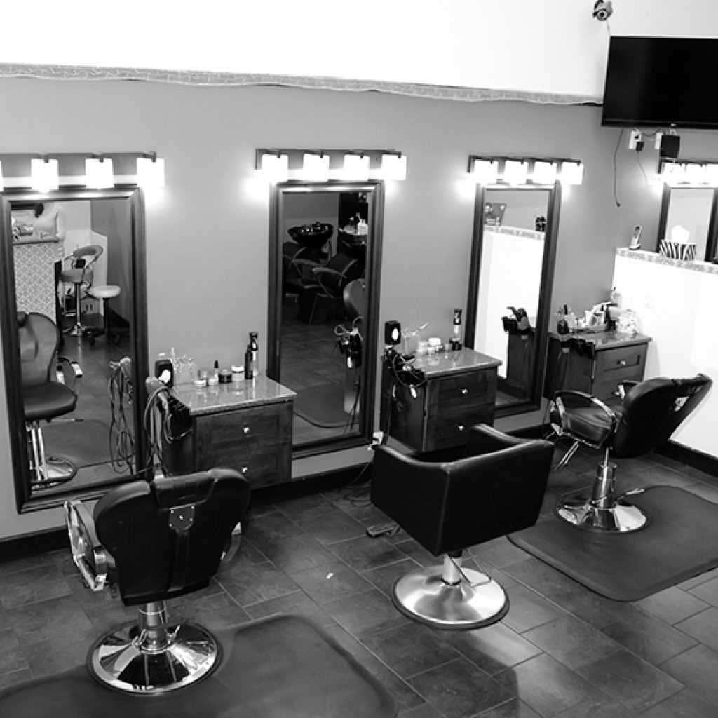 ezz_cutzz_hair_salon_payal_business_center_surrey